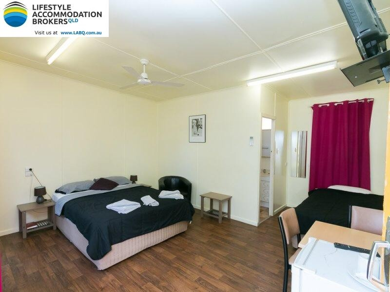 Country Caravan Park & Motel (Freehold) - BG
