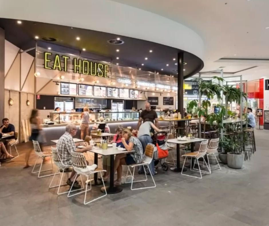 BEST BUY OF 2019 - BUSY CAFE IN GREAT LOCATION AN ABSOLUTE STEAL!