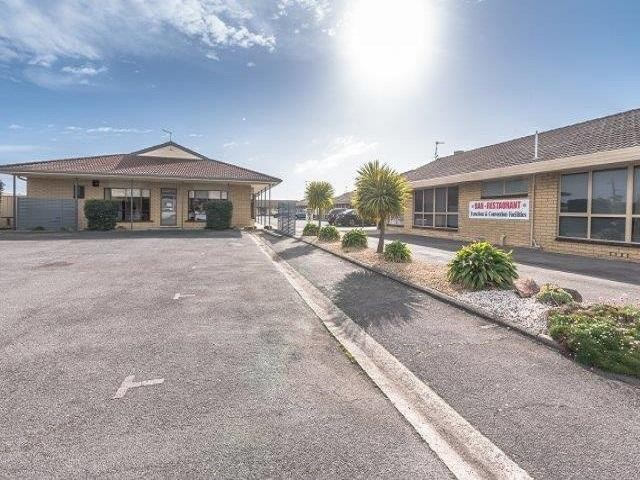Bass & Flinders Motor Inn Excellent Business, Property and Opportunity.offers over $349,000